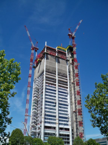 A prestige project in the highrise sector: once completed, the Torre Intesa Sanpaolo skyscraper in Turin will house the new headquarters of the Intesa Sanpaolo SpA banking group.