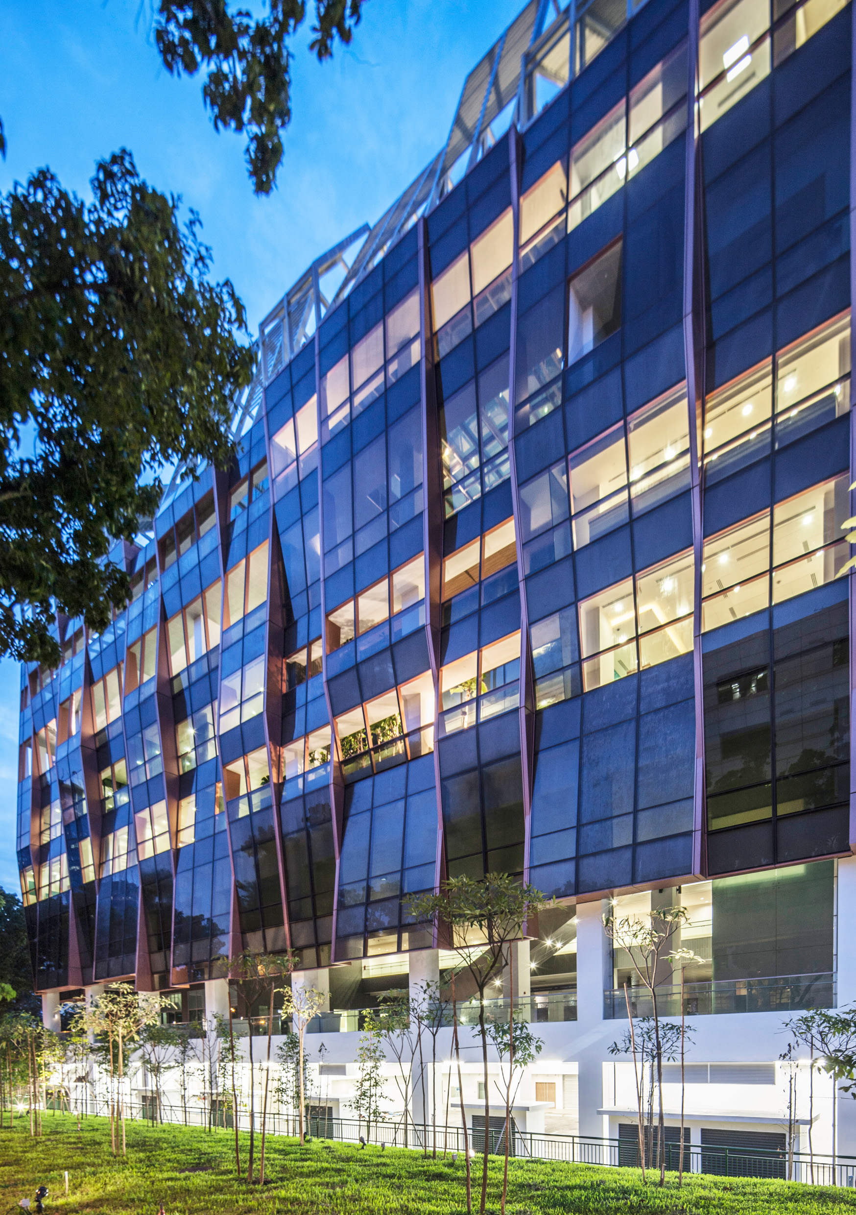 National Heart Centre Singapore - Back of Building (Photo Credit: Broadway Malyan)